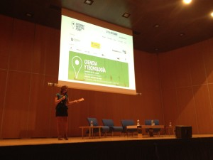 HojaDeParra (Emma Bernardo) presenta el FIMP 2013